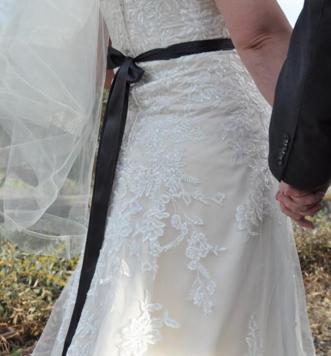 David's Bridal 4XL9V3587