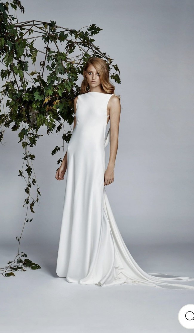LEXI Victtoria Dress