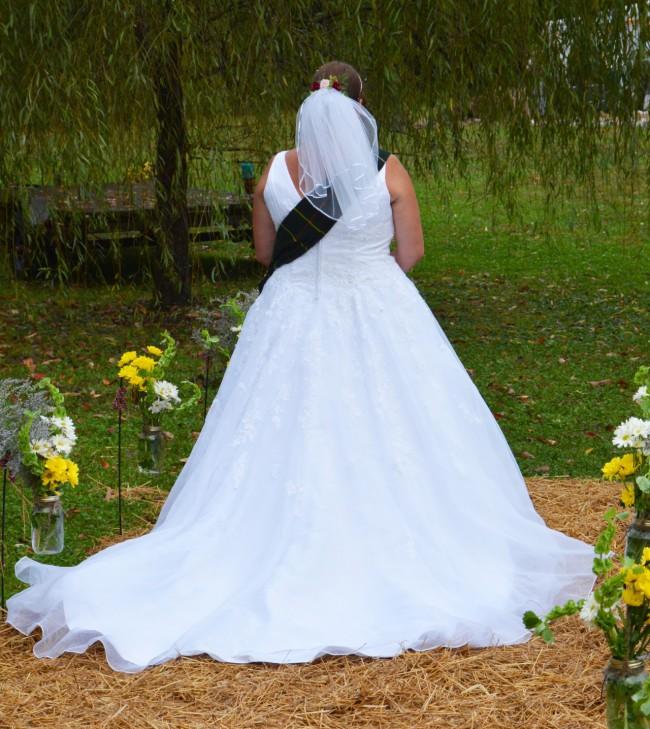 David's Bridal 9V3434