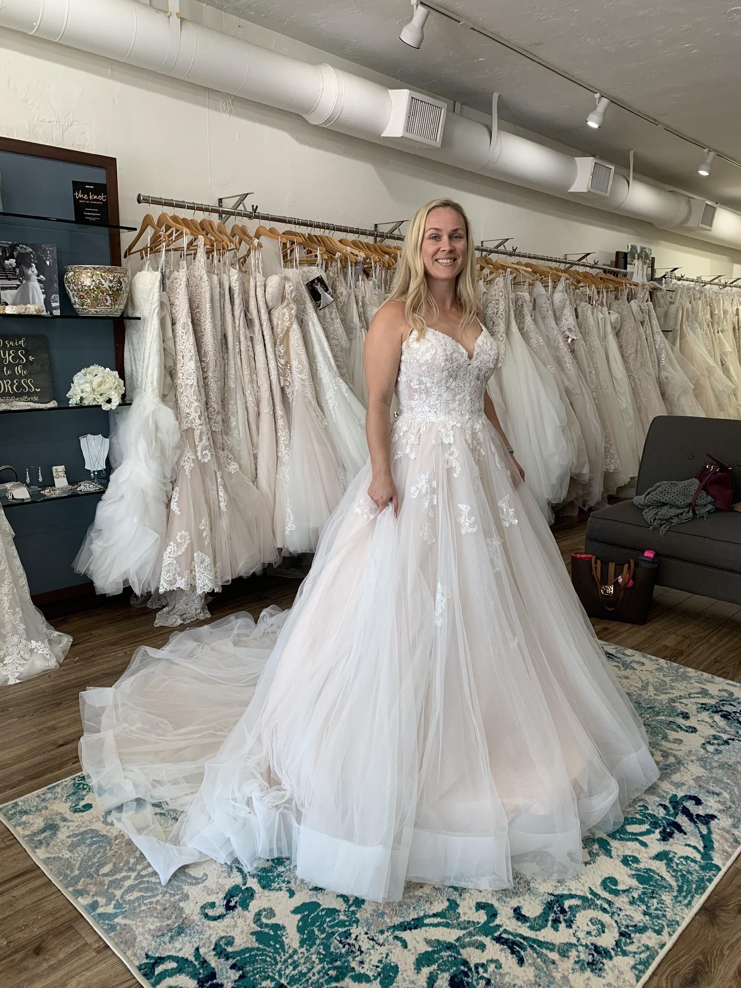Stella York 6886 New Wedding Dress Save 20% - Stillwhite