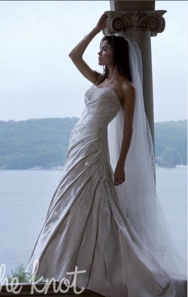 Essense of Australia, D785 Pearl Ivory Stunning Wedding Gown £199