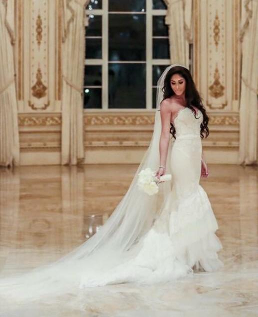 Inbal Dror Wedding Gowns: Inbal Dror VIP Preloved Wedding Dress On Sale 72% Off