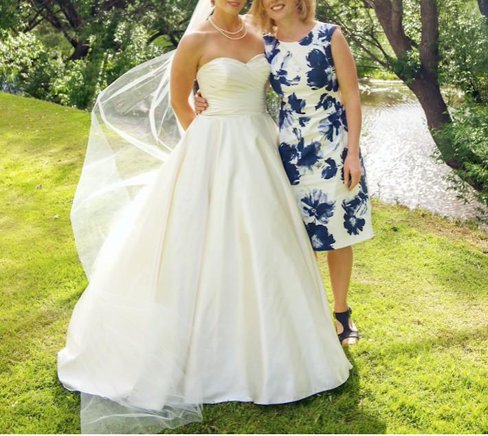 Allure Modest Wedding Gowns: Allure Bridals 8919 Second Hand Wedding Dress On Sale 70