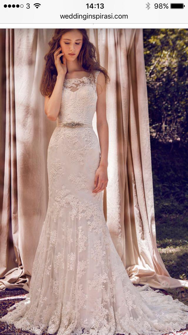 5af5311bbb3 Lusan Mandongus Second Hand Wedding Dress on Sale 56% Off - Stillwhite  United Kingdom
