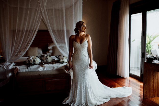 Karen Willis Holmes Addison gown and diamond train