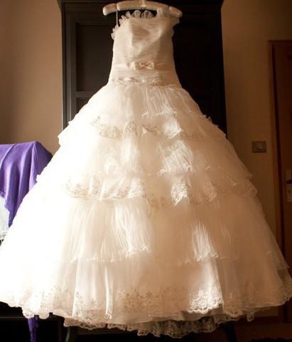 Allure Bridals Q178