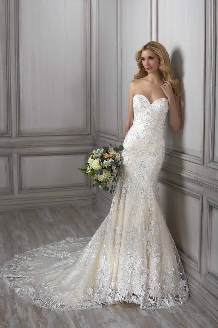 Adrianna Papell Betsy 31063 Sample Wedding Dress On Sale 43 Off