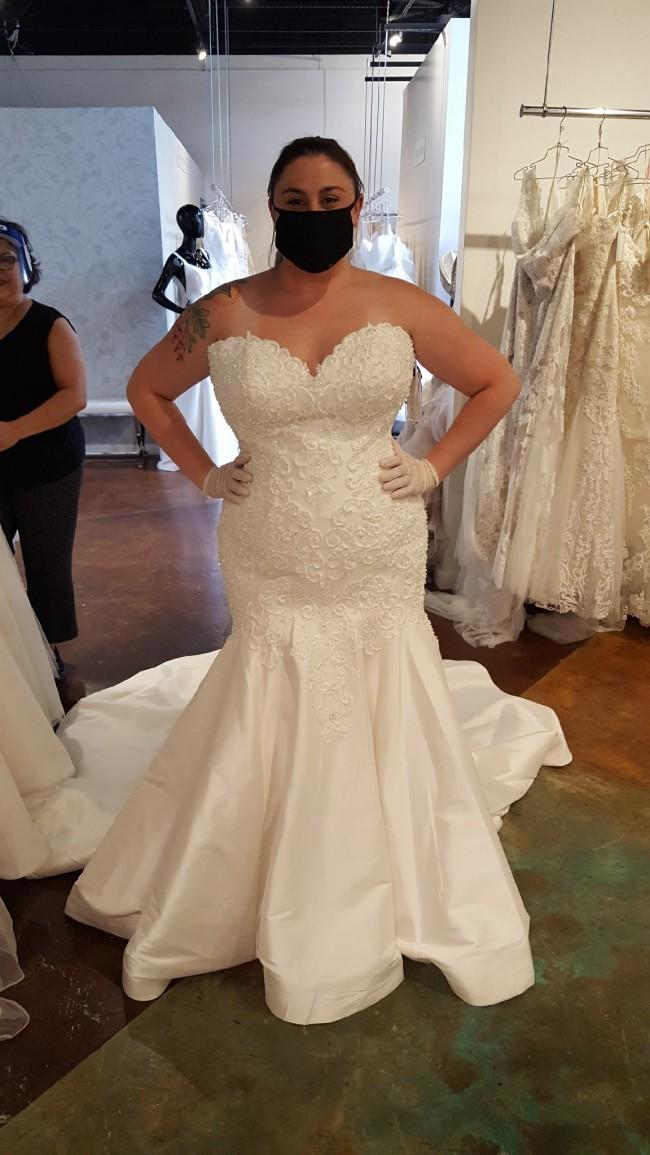 Allure Bridals Allure Bridal Style 9673