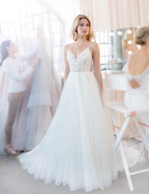Hayley Paige Kai Style 1820 New Wedding Dress Save 54 Stillwhite