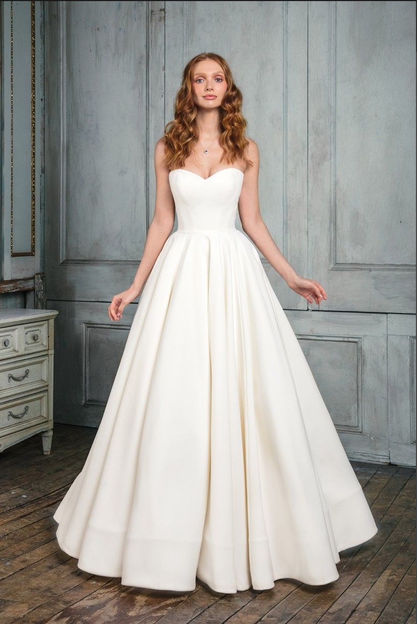 Justin Alexander Signature Style 99003 Wedding Dress On 32 Off