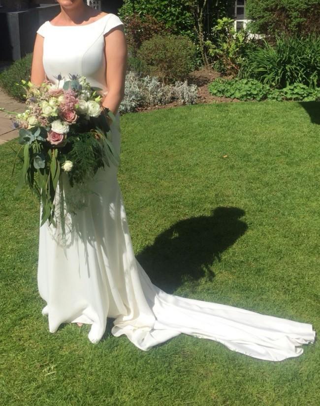 Essense of Australia, D2261 - boat neck wedding dress with cap sleeve