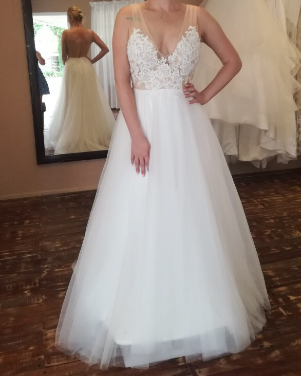 Unique Bridal Collection Megan