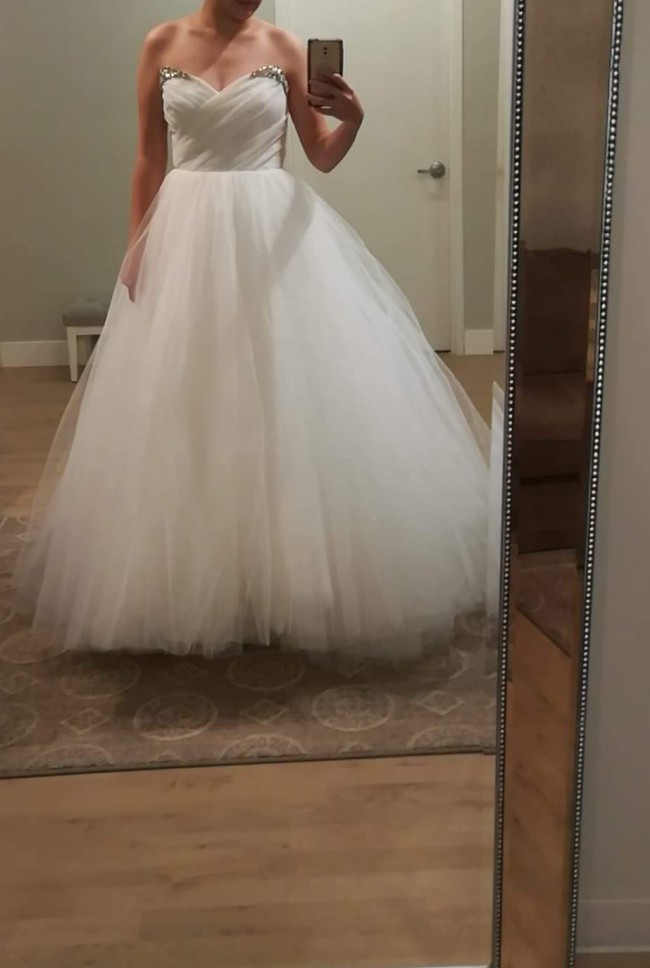 Hayley Paige, Milo Gown
