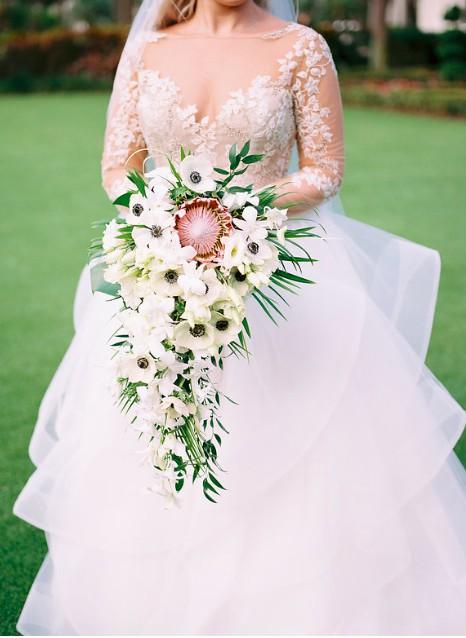 8fa95629536 Hayley Paige Lorelei 6654 Second Hand Wedding Dress on Sale 42% Off -  Stillwhite United Kingdom