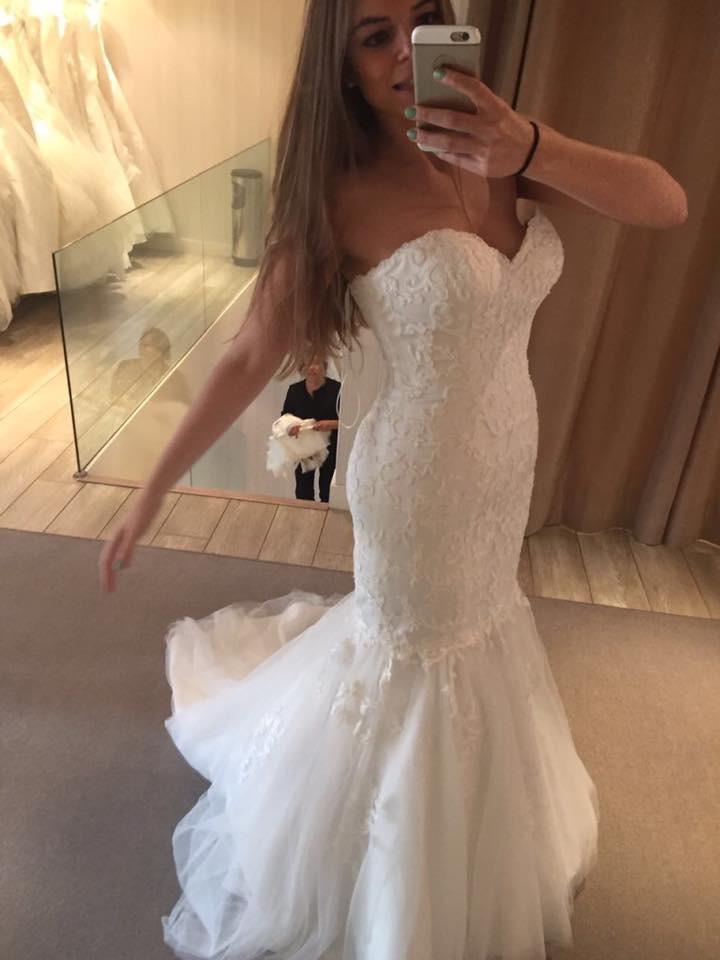 Pronovias Beautiful Mermaid Dress Used
