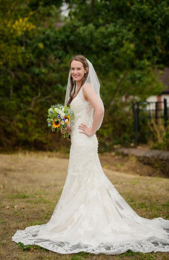 Allure Bridals 9415