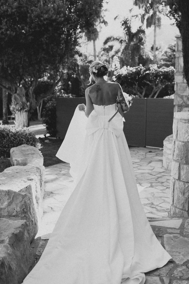 12a580a0315 Viktor   Rolf VRM004 Used Wedding Dress on Sale 51% Off - Stillwhite