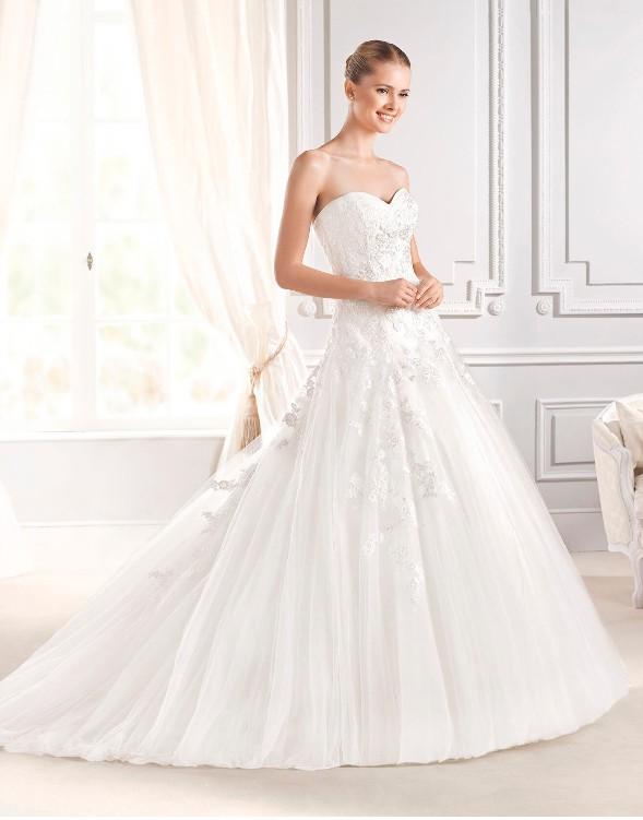 La Sposa, Ilaria