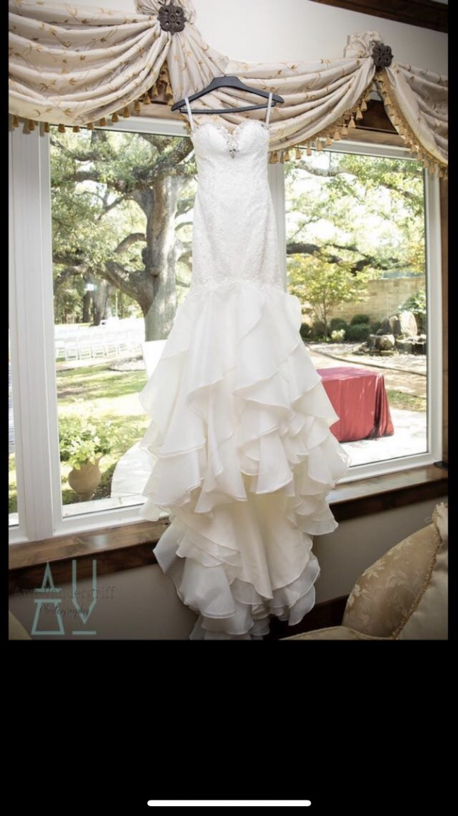 Alfred Angelo, BO1144