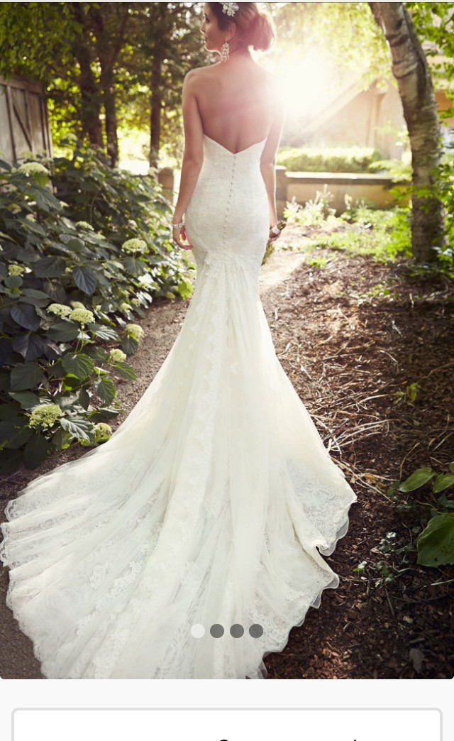 Essense of Australia, Backless Lace Wedding dress D1788