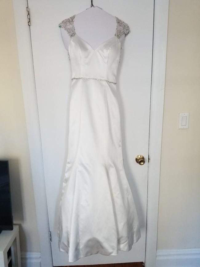 Allure Bridals 20523