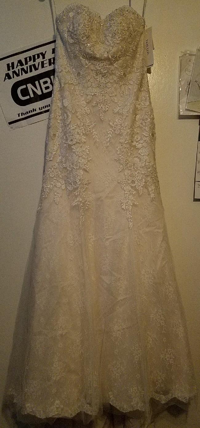 David's Bridal WG3909
