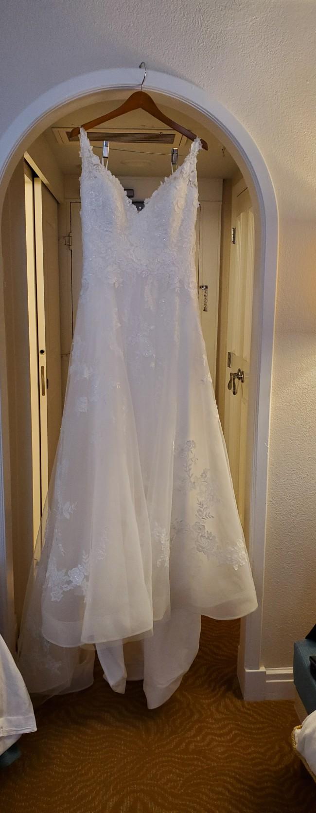 Bonny Bridal Unforgettable 1827