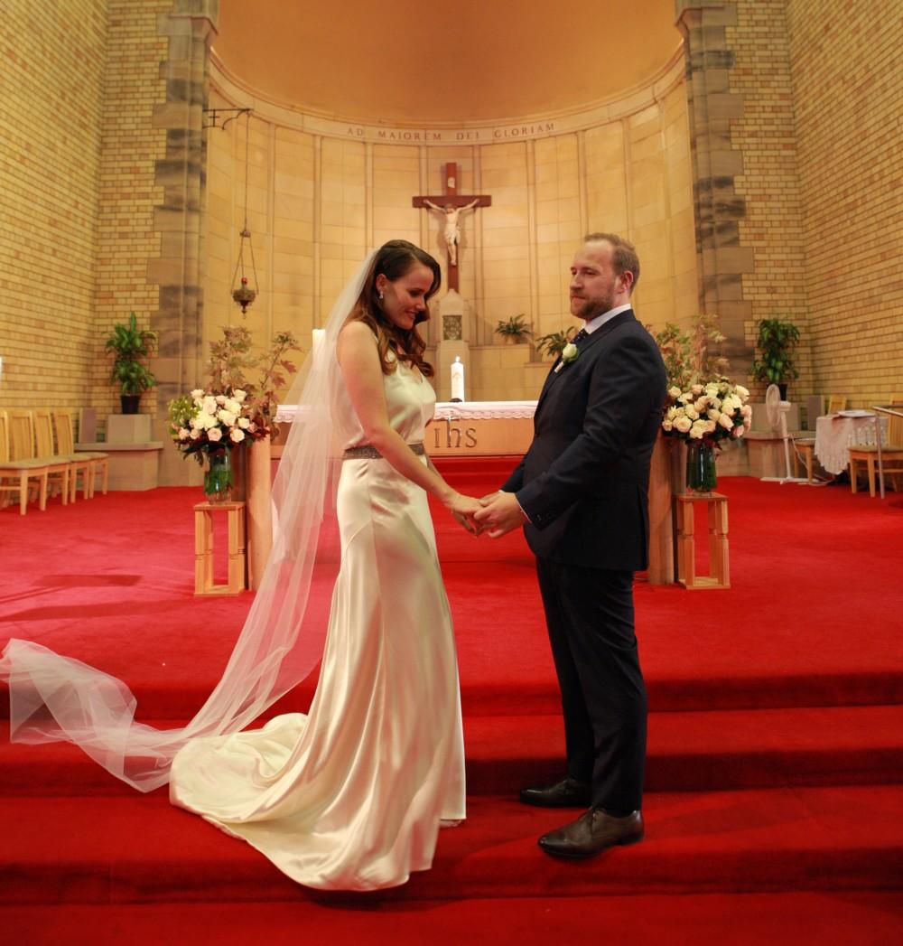 Henry Roth Second Hand Wedding Dress On Sale 82 Off: Johanna Johnson Hepburn Second Hand Wedding Dress On Sale