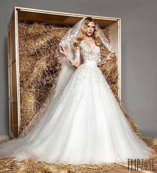 Zuhair Murad Wedding Dress.Zuhair Murad Size 2
