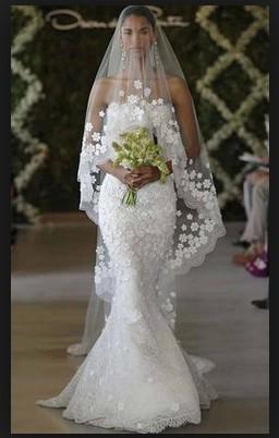 Oscar de la Renta 44e10 cascading snowflake gown