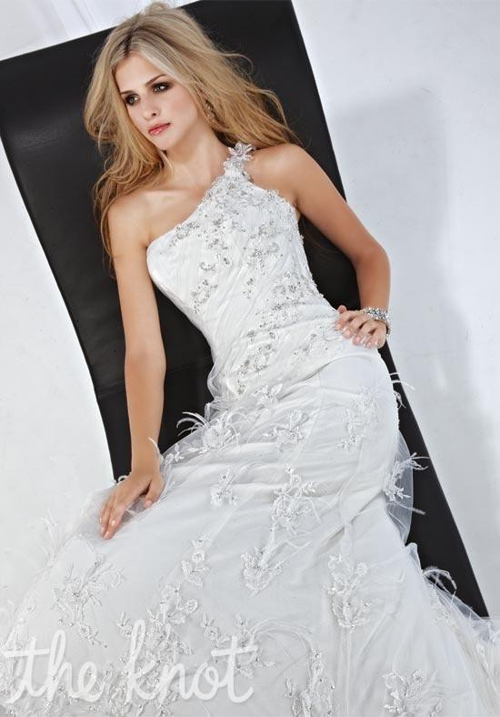 Impression Bridal Size 10