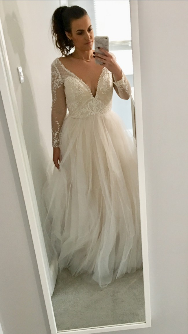 8b7664e627b7 Wed2b Ferne New Wedding Dress on Sale 37% Off - Stillwhite United ...