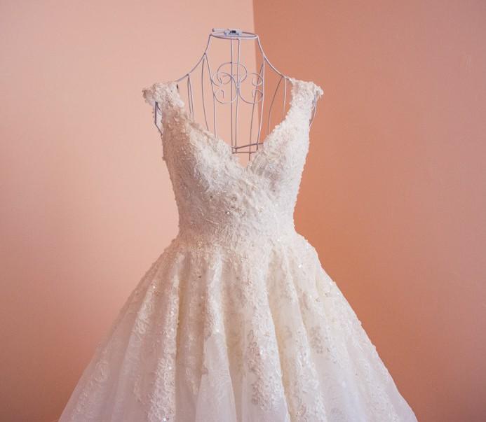Madison James Custom Made Preowned Wedding Dress On Sale 50 Off