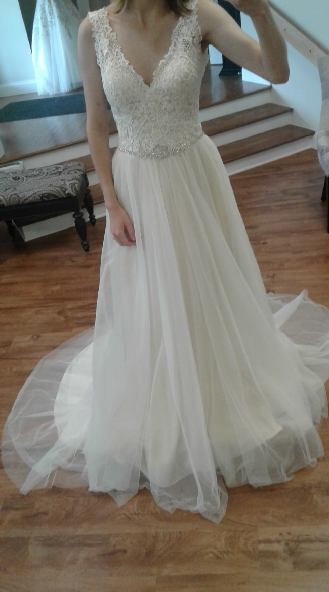 Allure Bridals, 9205