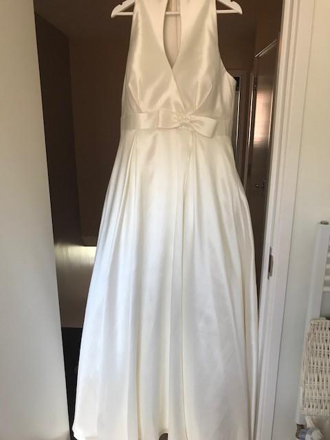 f34df1a7719a Sonsie By Veromia SON91719 New Wedding Dress on Sale 67% Off - Stillwhite