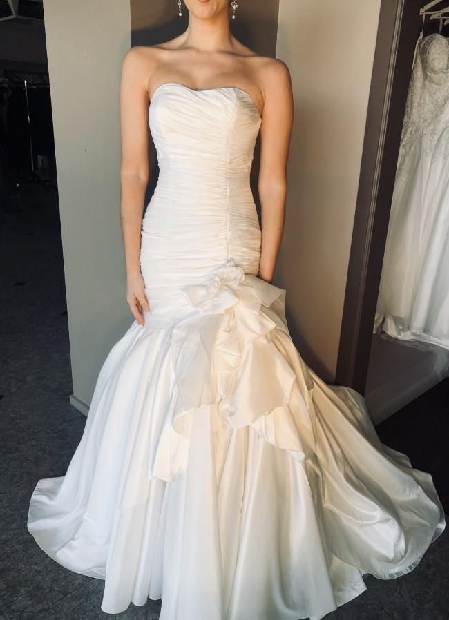 Brides Desire, Eva