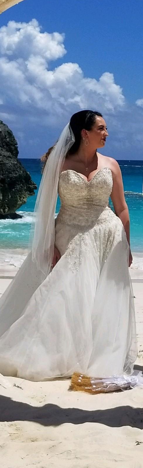 Allure Bridals, 9369
