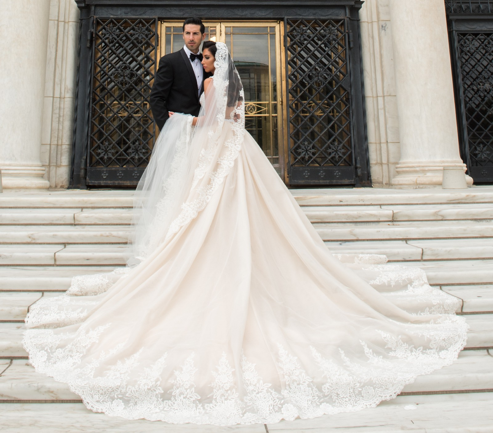 Galia Lahav Wedding Dresses: Galia Lahav Crystal Skirt Second Hand Wedding Dress On