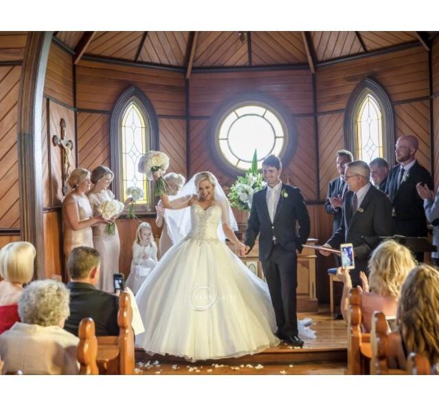 Essense Of Australia Preowned Wedding Dress Save 77