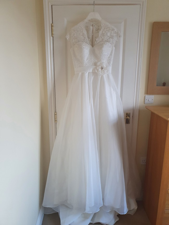Serenity Bridal 3701