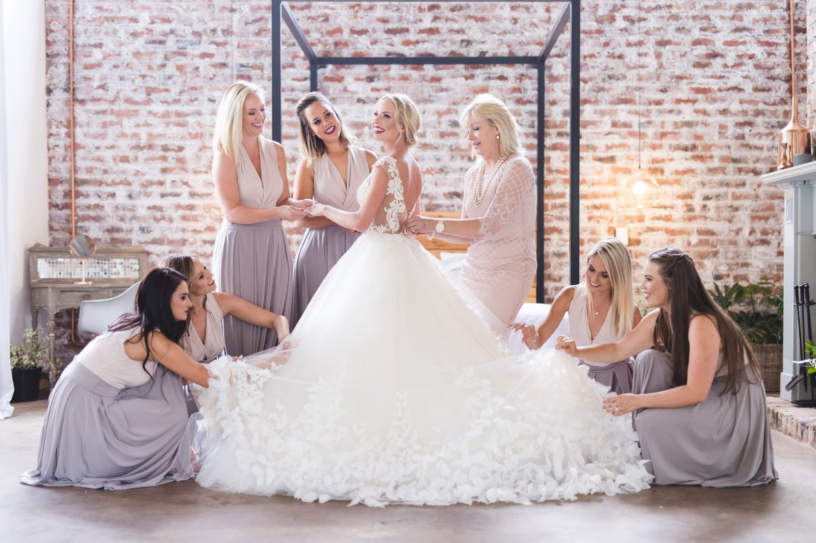 Used Wedding Dresses, Preowned & Sample Gowns. Sell Your