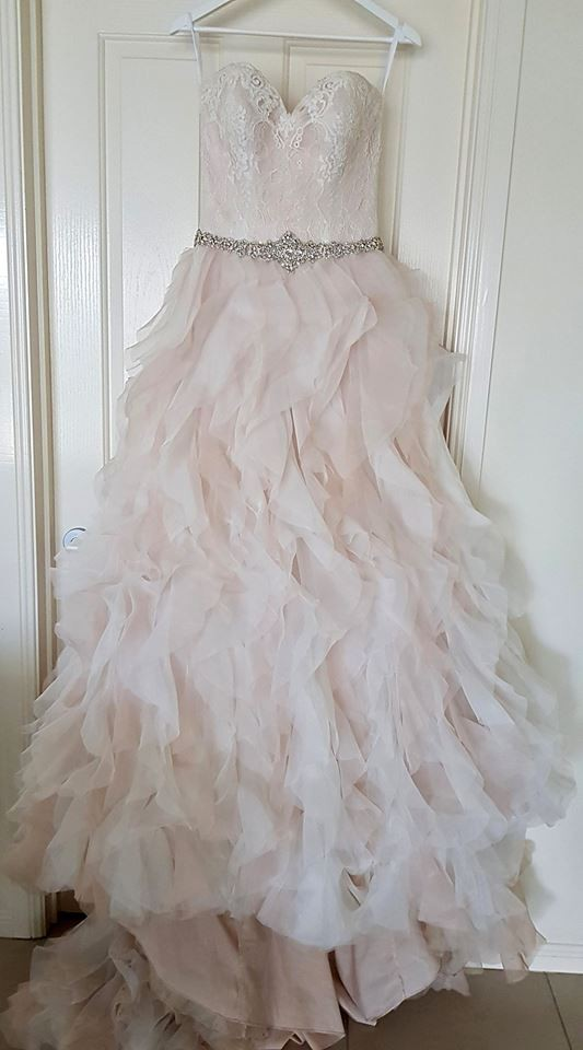 Allure Bridals, 9308