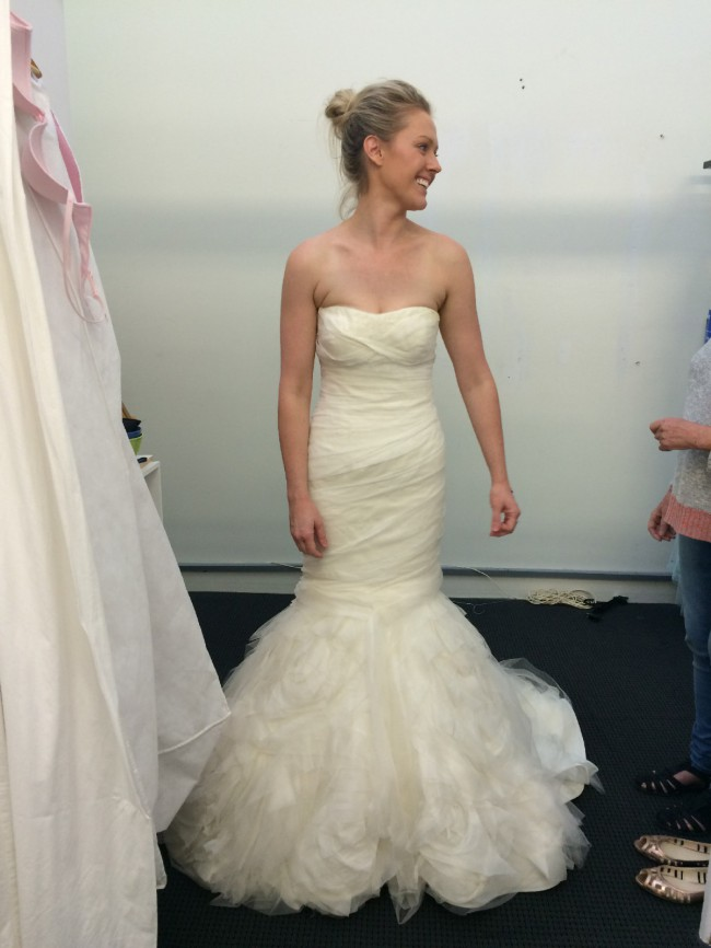 6a849b000f9 Vera Wang Gemma Second Hand Wedding Dress on Sale 73% Off ...