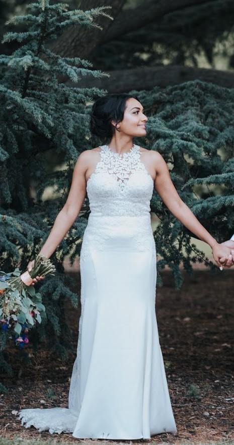 closer at check out hot sales Essense of Australia Unique Lace Wedding Gown D2342 Wedding Dress On Sale