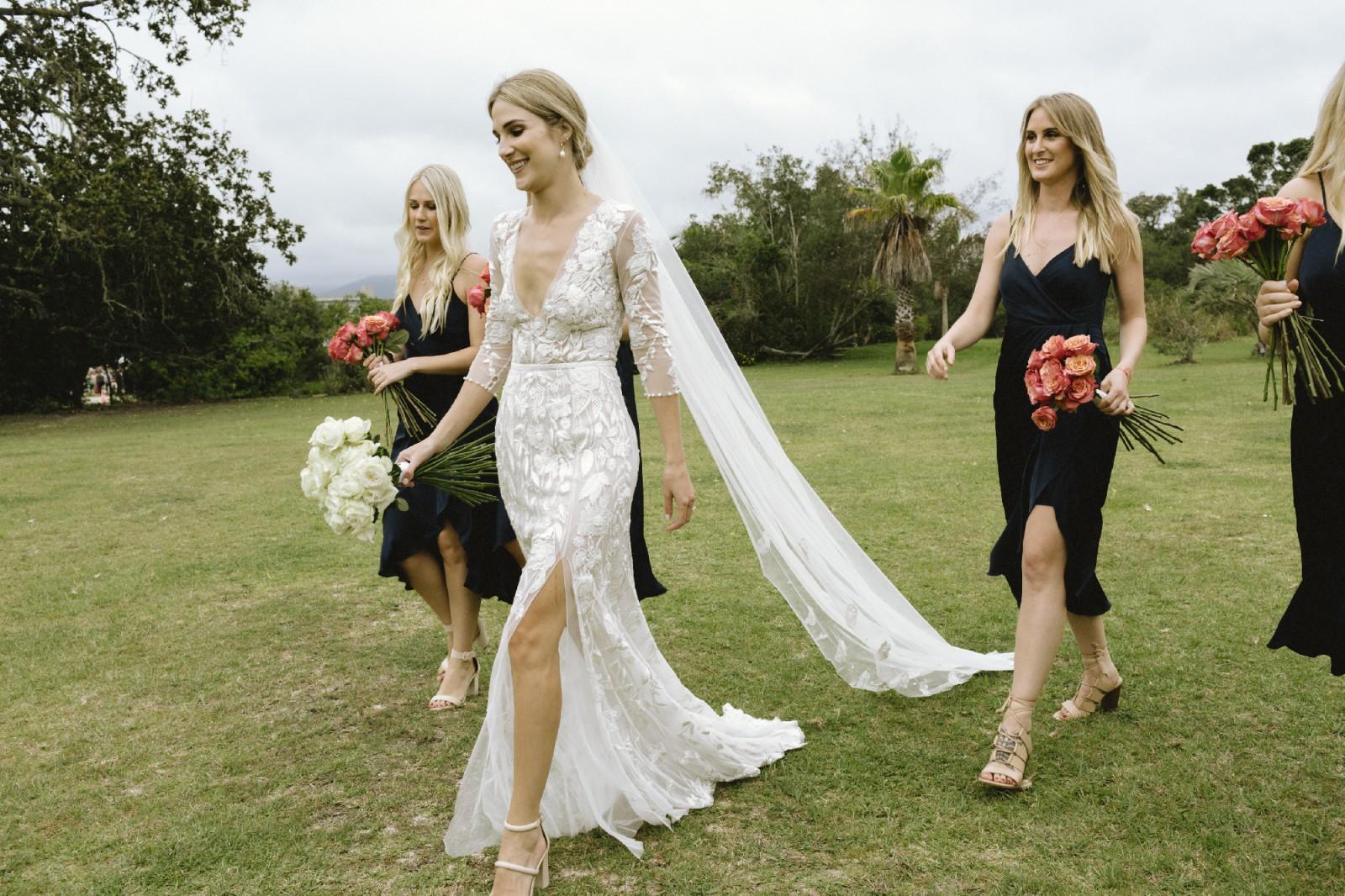 Hermione De Paula Wild Rose Cascade Gown Used Wedding Dress Save 50 Stillwhite