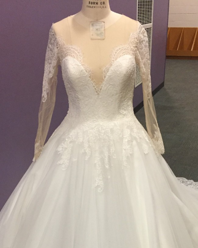 Allure Bridals Style #9366