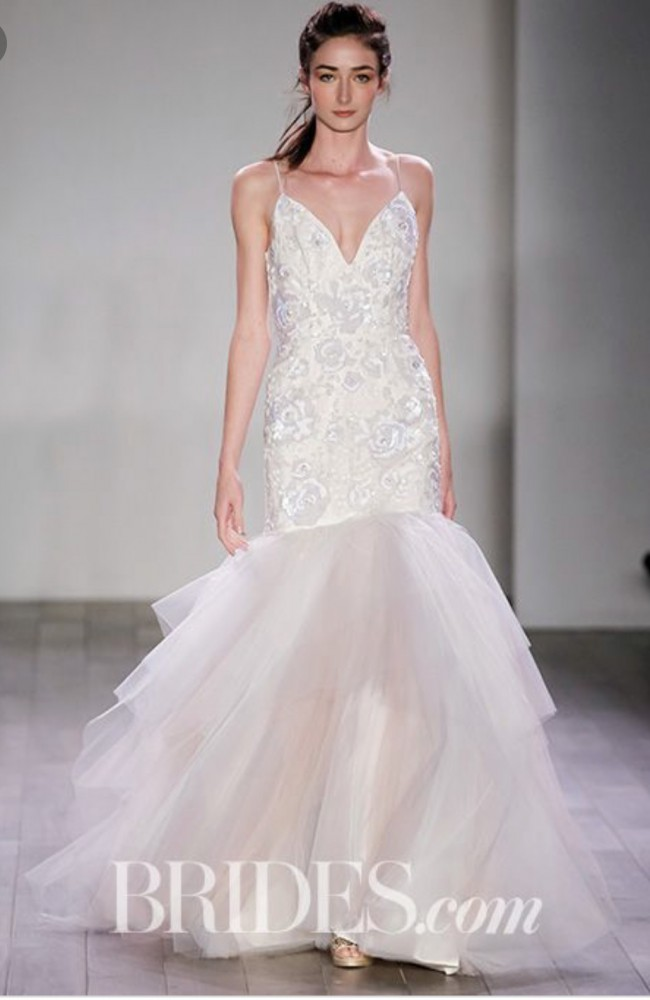 Hayley Paige, Authentic wedding dress