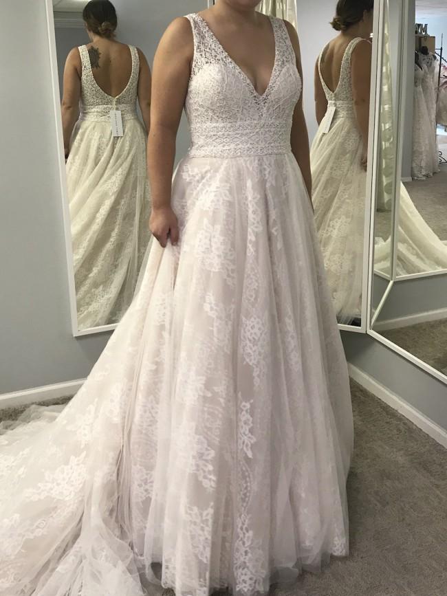 Allure Bridals, MJ463