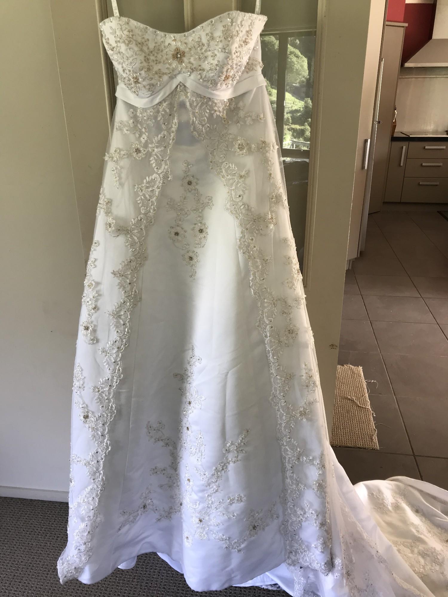 Marys Bridal 5703 Preowned Wedding Dress Save 90%  Stillwhite