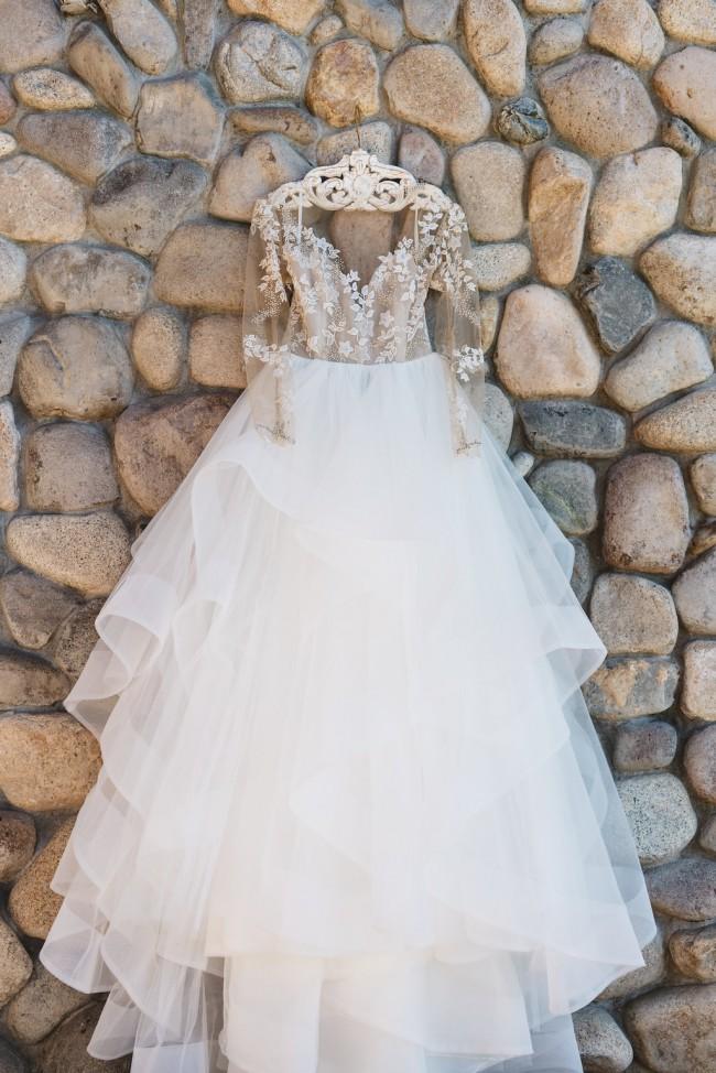 53fef6b2ea0 Hayley Paige Lorelei Used Wedding Dress on Sale 51% Off - Stillwhite